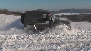 UAZ Turbo snow fun with engine sound