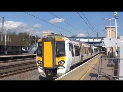Trains at Huntingdon - 03/04/2017