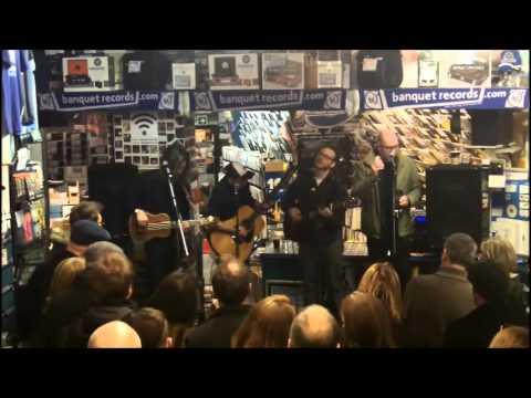 Turin Brakes in-store at Banquet Records (full set)