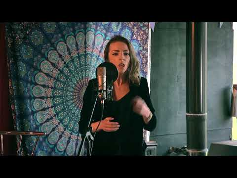 Evrah Rose - 'I ain't got no Money' - The Tin Shed Live Sessions