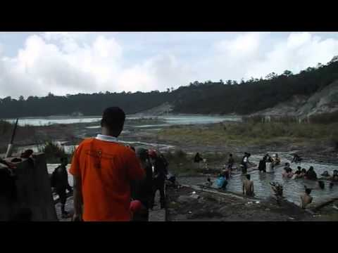 Kawah Talaga Bodas, Wanaraja Garut, West Java