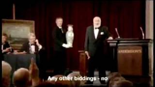 Auctioner breaks $1 millon vase-lol