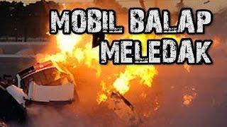 MOBIL BALAP MELEDAK SAAT MENABRAK PAGAR   DRIVER SELAMAT