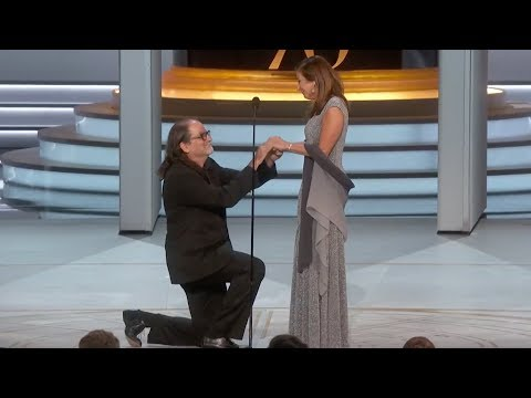 Sandy - The Most Adorable Proposal EVER At The Emmy's!