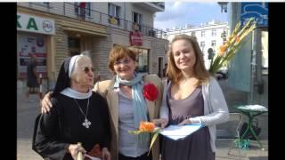 Krystyna Krzekotowska wspólnie z Kobietami.wmv