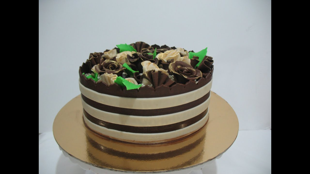 Cake Decorating Ideas With Modeling Chocolate : Chocolate Wrap for Chocolate Cake - Cake Decorating ...