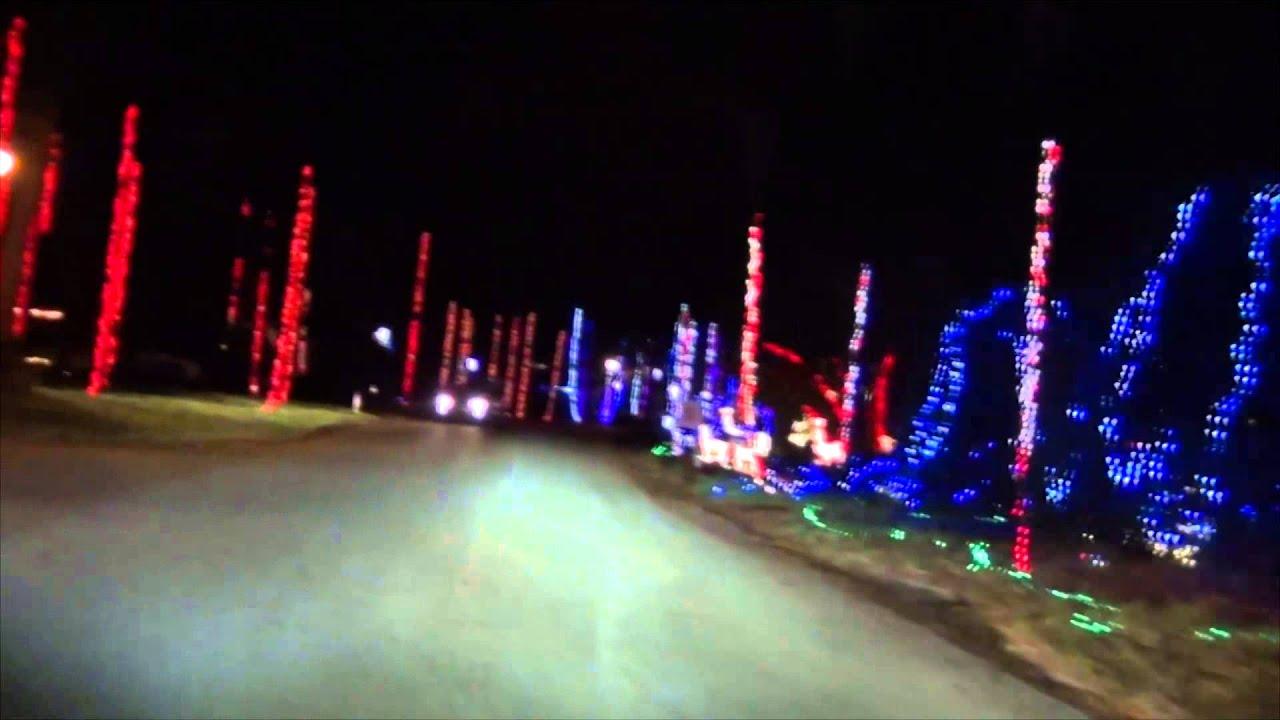 December 2013 Girvin Road Christmas Lights - YouTube