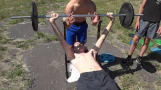 видео Жим лежа программа тренировок - Андрей Бутенко