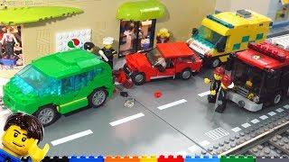 LEGO car crash scene in my city + MOC time lapses!