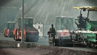VÖGELE SUPER 2100-3 - 150 km uzunlukta çığır açan yol inşaatı