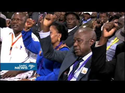 Zimbabwe calls war veterans move to dump Mugabe