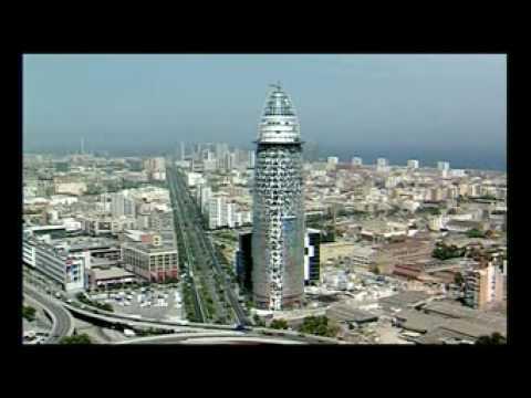"""Torre Agbar: """"La tour qui touche le ciel"""""""