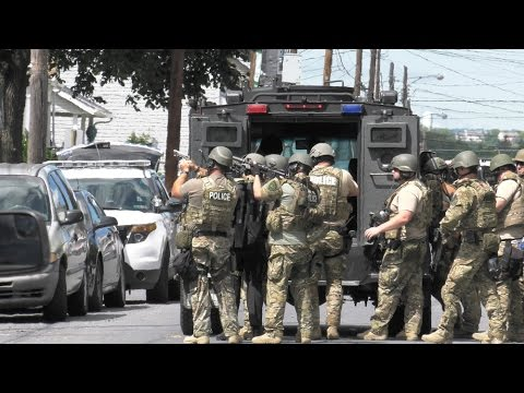 RAW VIDEO: SWAT looking for wanted person in Pennsylvania | State Parole