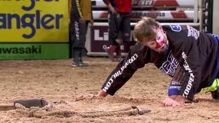 Flint Rasmussen fights Australian Bull Snake (PBR)