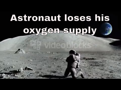 Astronaut loses his oxygen supply