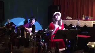 2018年12月15日に名古屋市西区のミュージックバー「Apasionado」にて行...