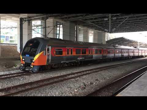 (Testing+Horn) KTM Komuter Skypark Line Hyundai Rotem Class 83 EMU Set 30 departing at Subang Jaya