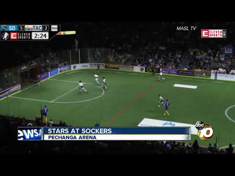 Landon Donovan Makes His Indoor Soccer Debut With San Diego Sockers