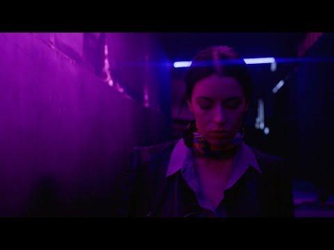 La Femme D'Argent - Síganme (Official Video)