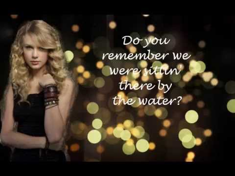 Mine-Taylor Swift (Lyrics)