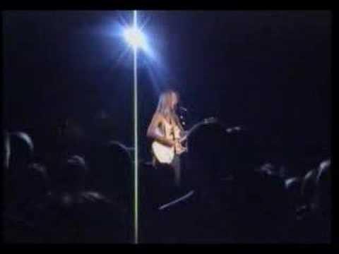 liz-phair-glory-live-in-london-10-07-03-overtheedge81
