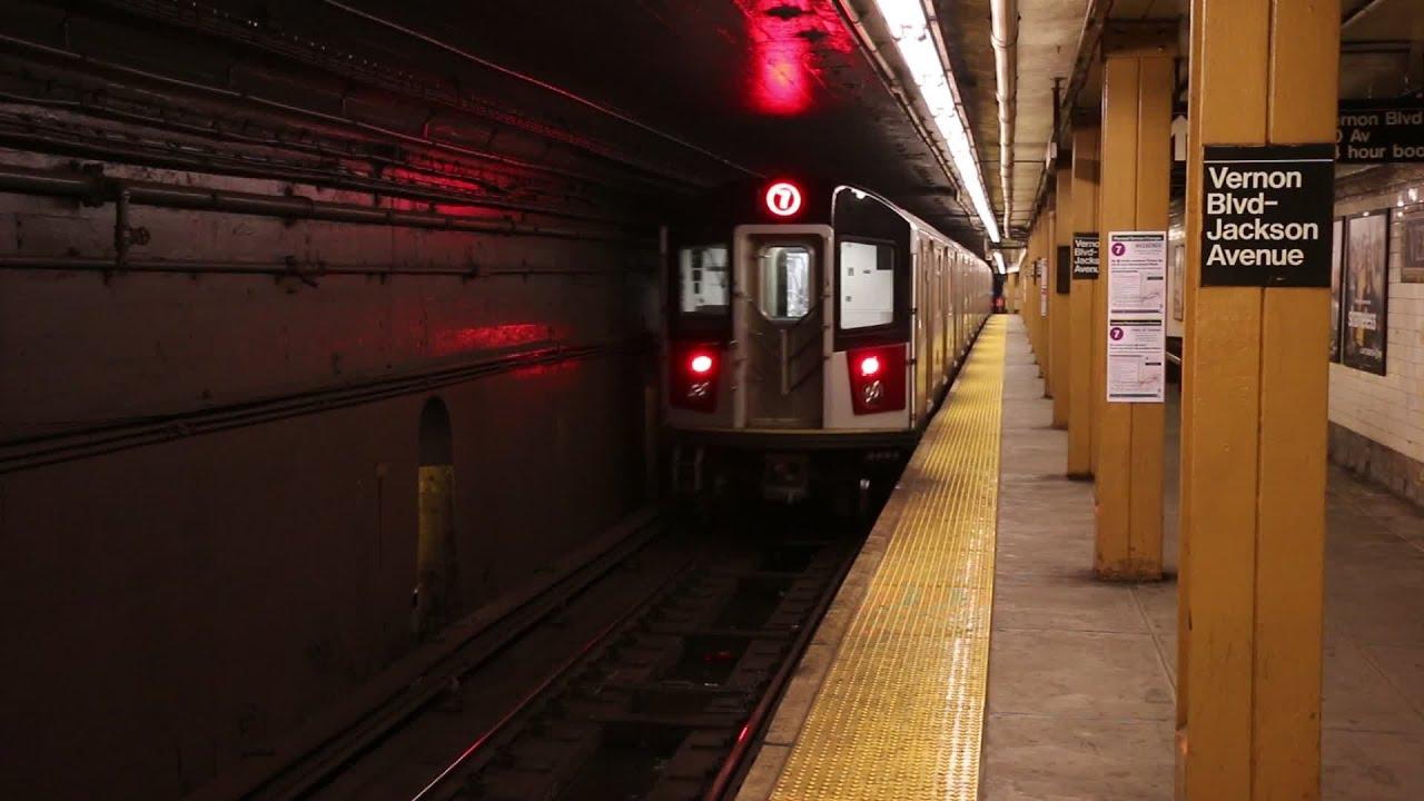 New York City Subway Trains Late Evening Youtube