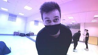 Часть 2 Танцуем под GAZIROVKA - Black (Танцующий Чувак) Танцы в моей кровати