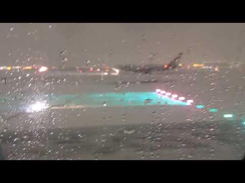 Snowy Toronto BUZZSAW Air Canada Airbus A321 Night Takeoff From Pearson International Airport (YYZ)