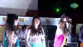 Jhumma Chumma De De Reprise - Anushka Manchanda Singing Live - The Bartender | B Seventy