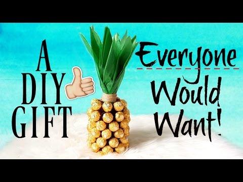 Last Minute DIY Gift Idea: Ferrero Rocher Pineapple Bottle!