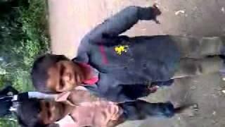 Indian road singer com shayer