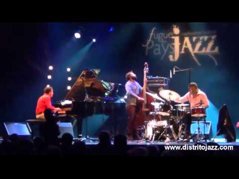 Jacky Terrasson Trio: 'Caravan'