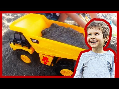 Ver Video de Axel New Toy Dump Truck For Children