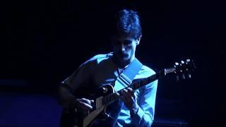 Genetics & Steve Hackett play The Lamia (Genesis)
