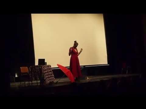 Gracia Iglesias lleva su poesía al IES Siete Colinas