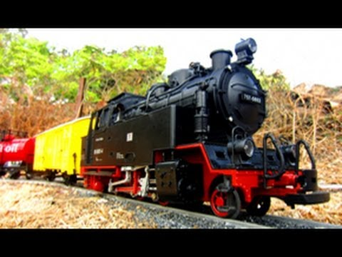 Model Railway Train Track Plans -G Scale Train Slowmo & Crash Fail Reel
