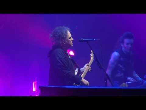 The Cure Bâle Basel st jakobhalle 04-11-2016 lullaby