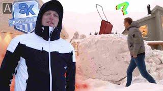 Erik Follestad dumper snø hos Mads Hansen (siden han ikke har snøfreser)