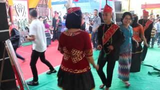 """""""TARI TOROMPIO""""  (Himpunan Pemuda Sintuwu Maroso)"""