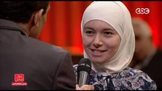 بالفيديو.. فتاة سورية تفقد السمع وتتعلم لغة الشفاة