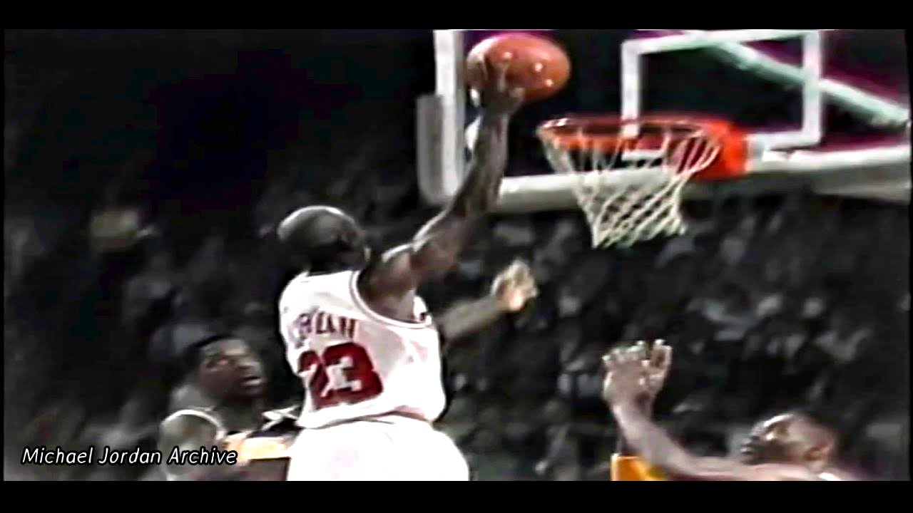 Michael Jordan 1991 NBA Finals Game 2 vs Lakers! 13 Consecutive FG's & The Switch Hands Layup ...