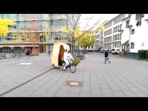 Commercial guy an der FH-Frankfurt