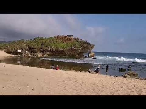 wisata-pantai-sarangan-jogja-#gunungkidul-#yogyakarta-#pasir-#putih-#ombak-#jalan-#pemandangan-#alam