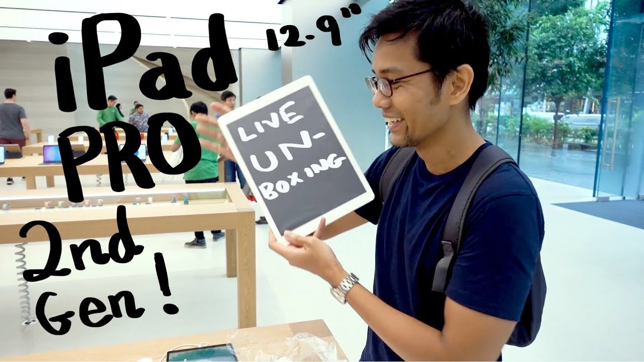 iPad Pro 12.9 inch unboxing at the Singapore Apple Store in Orchard Road