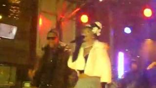 rihanna ft jay z perform run this town live in snow storm on stage in new york 54 seconds