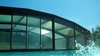 françois dans sa piscine un peu....