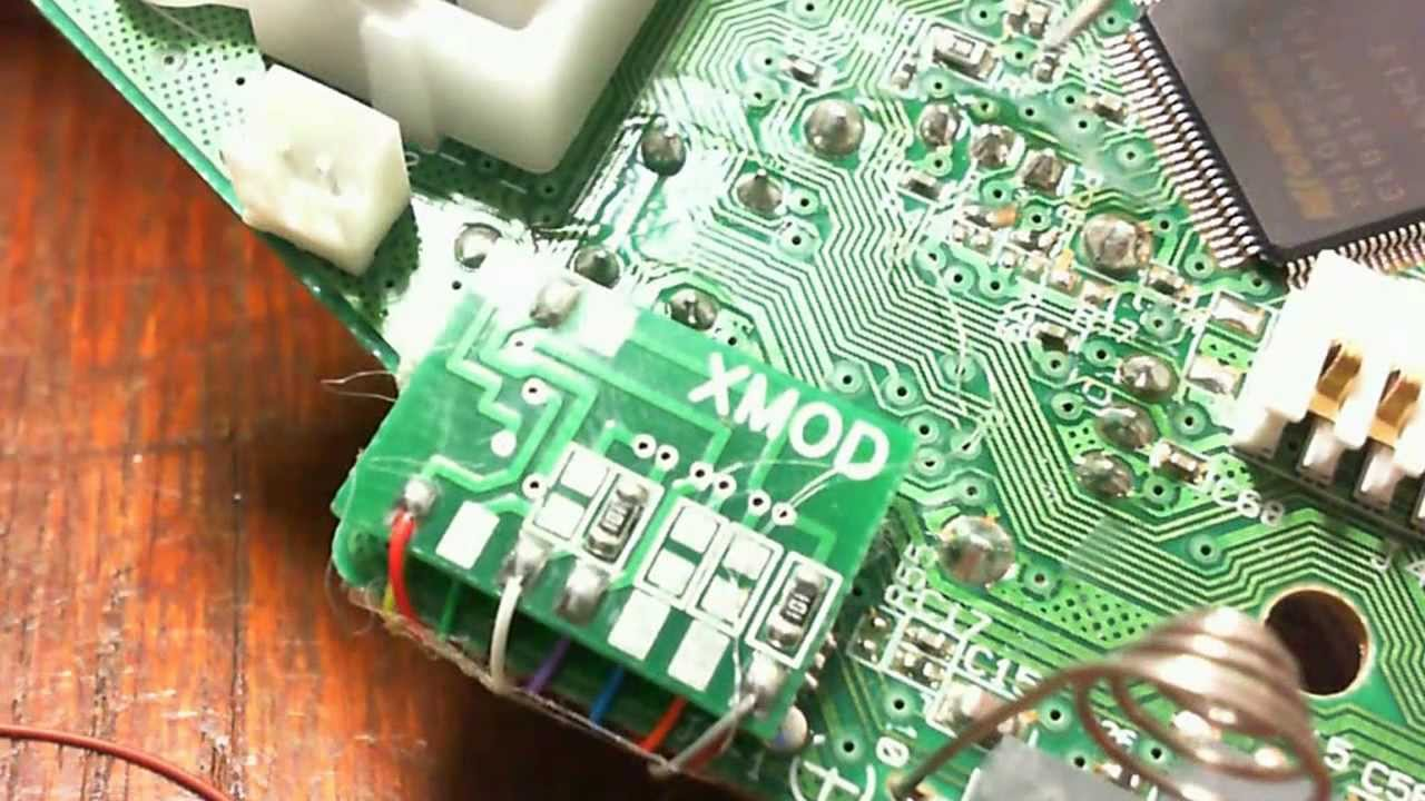 how to Mod a Xbox 360 Wireless Controller with CG Board using A 20 mod chip