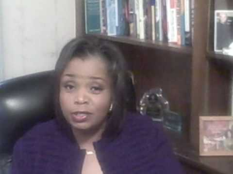 Professional or Motivational Speaker training at Speak for Hire with DeLores Pressley