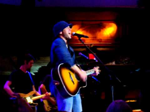Download Christian Kane A Different Kind of Knight Mohegan Sun 13 Oct 2011
