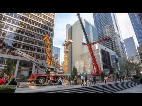 Liebherr - Timelapse of luffing-jib crane 710 HC-L in New York City (MoMa)